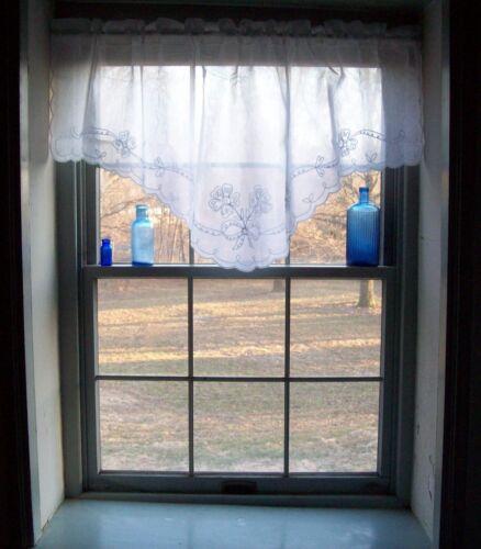 "Swiss Tambour Lace Curtains White 54 x 24/"" L Fine Batiste /""M/"" Valance"