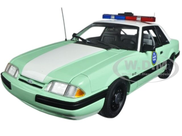 1988 FORD MUSTANG US BORDER PATROL SSP LTD ED 528PCS 1 18 MODEL CAR BY GMP 18845