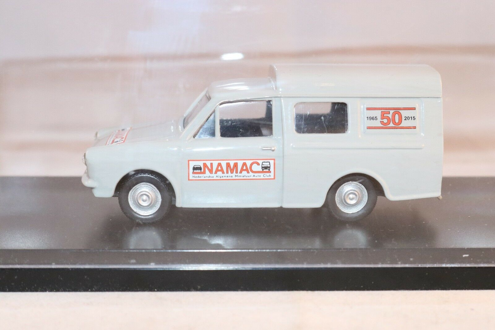 Lion Car Daf Variomatic N.A.M.A.C 50 Years in excellent excellent excellent all orignal condition 1c0266