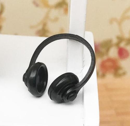 1:12 Dollhouse Miniature Black Mini Headphones Earphone For Scene Landscape ♫