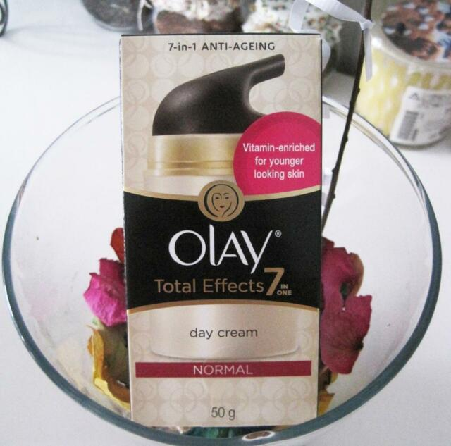 - New - Olay Total Effects 7 in one Day Cream Normal 50g