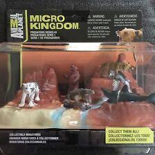 Animal Planet Micro Kingdom 5-Figure Predator Set-Shark Tiger Croc Bear NICE!!