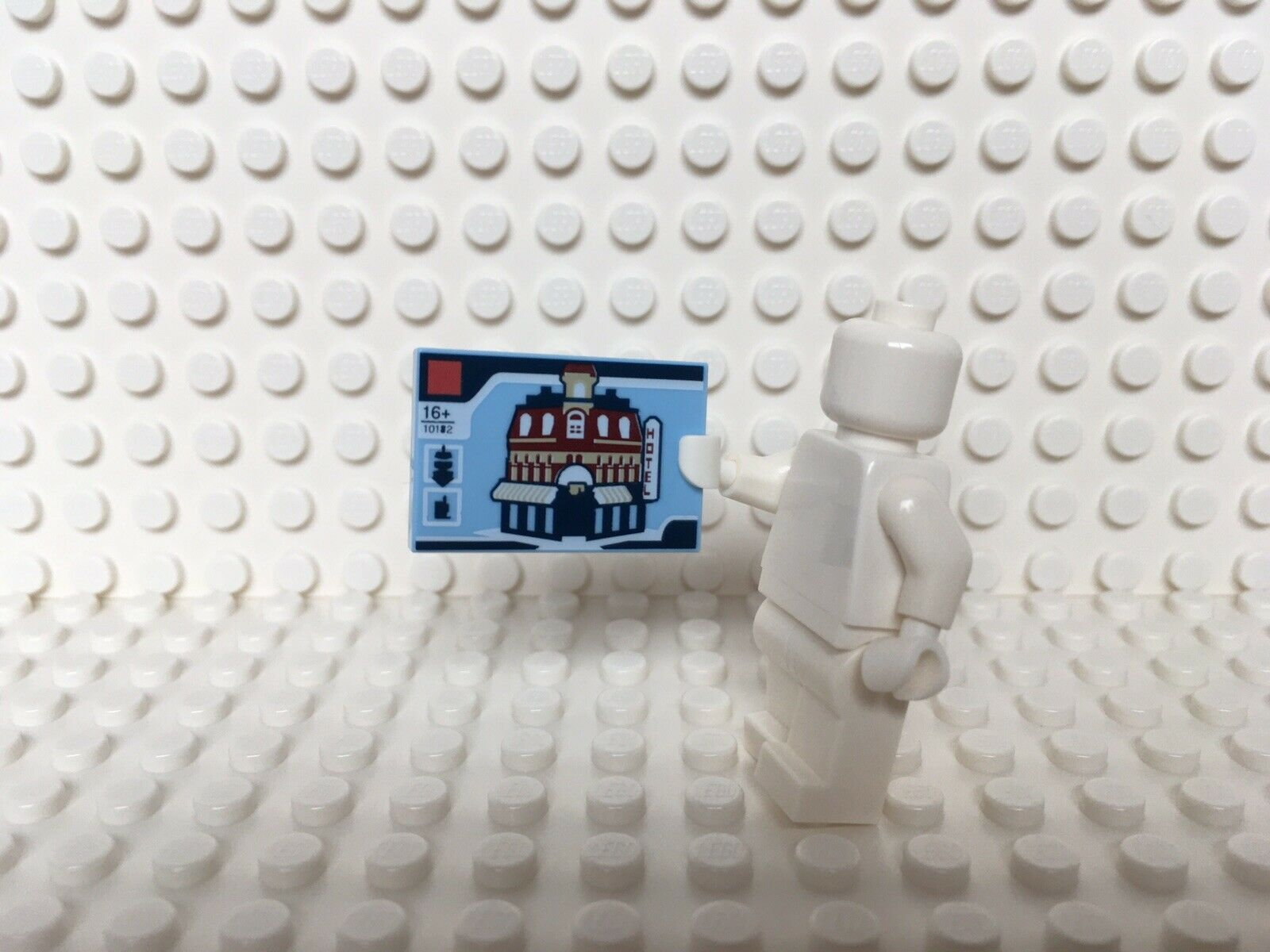 Lego 2x Tan Frame 1x4x5 with White Door NEW!!!