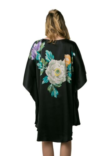 Batwing Sleeved Hand Painted Grace Silk 100/% Silk Nightgown