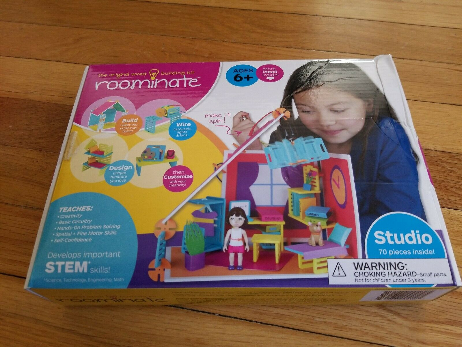 Roominate Wired Wired Wired RV Van & Studio Apt Building Kit Modular Pieces STEM Skills Sets cb4eb1