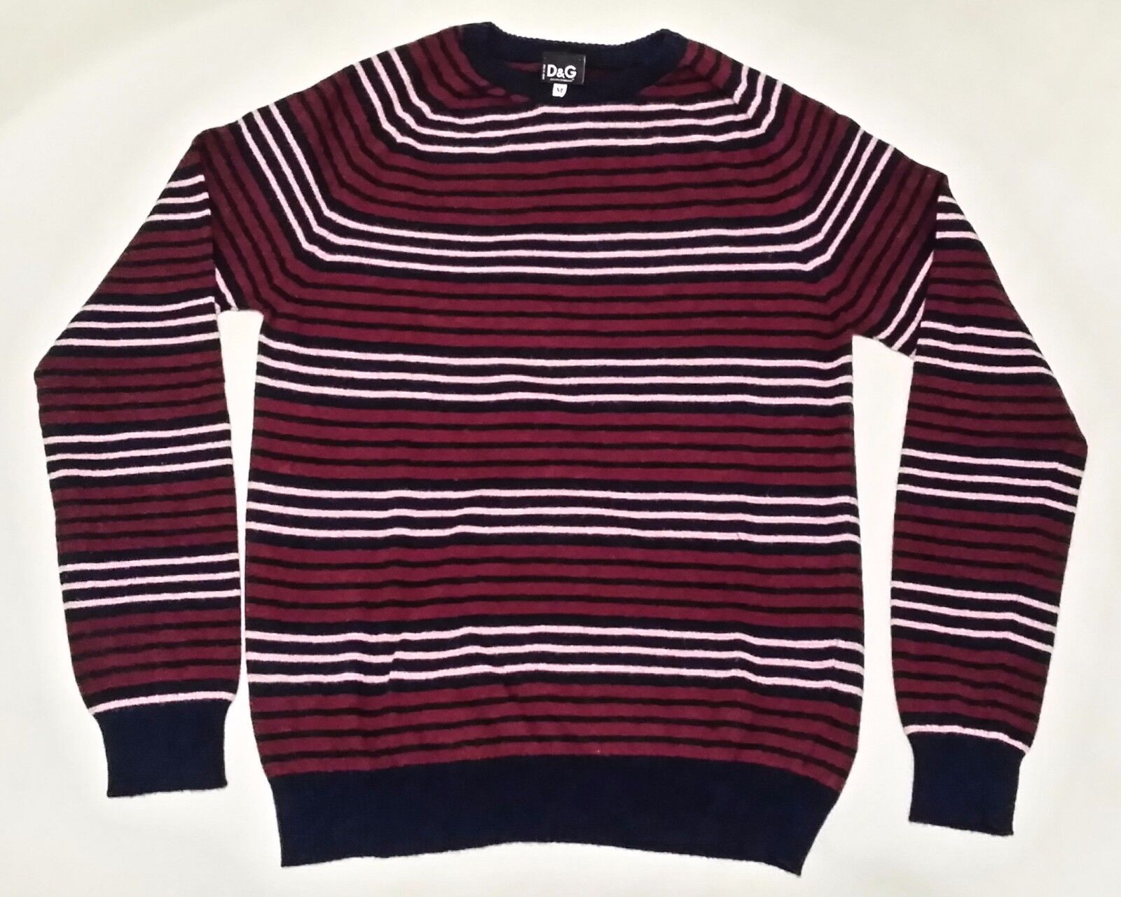 Genuine D&G Men Jumper size M (chest 38) Made In