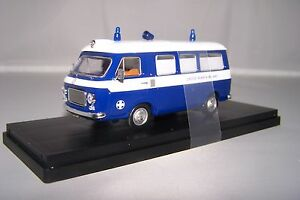 1-43-Ambulance-Rio-RIO4475-Fiat-croix-rouge-Milan