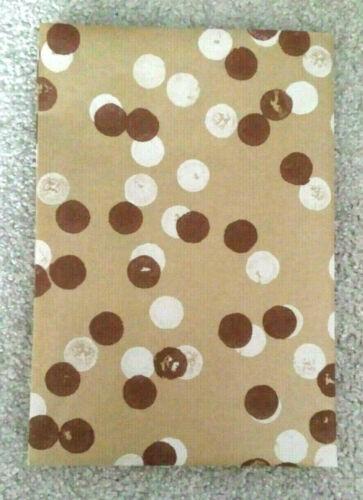 Geschenkpapier  gefaltet  schönes Design  Kraft Papier glatt  braun Neu