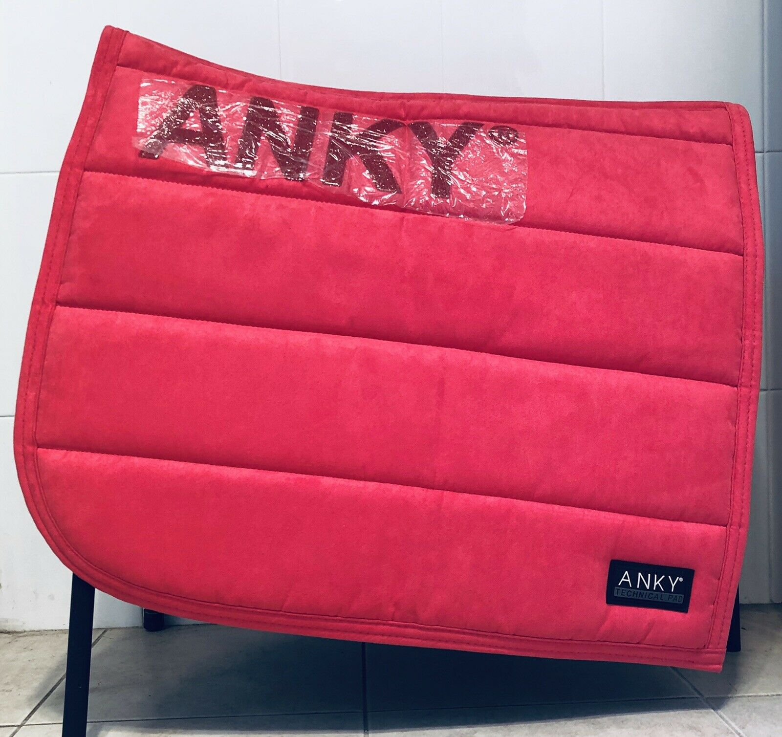 ANKY Raspberry Saddle Pad Brand New AU FREE POST