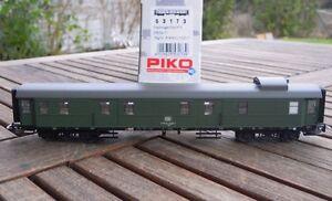 PIKO-53173-Altbau-Gepaeckwagen-Dye974-der-DB-Ep-4-mit-KKK-und-NEM-wie-neu-in-OVP