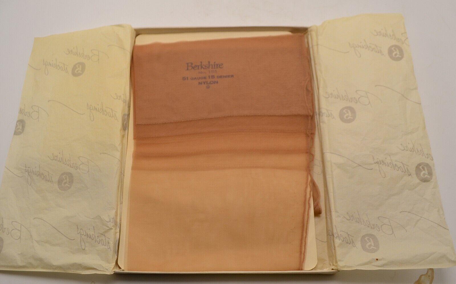 Twinkle beige Vintage 1950s Berkshire Nylons  Stockings 2 Pair - Size 11 L - New in Box