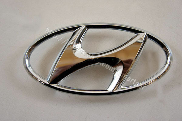 2007 2008 2009 2010 2011 Hyundai Accent Sedan OEM Trunk Lid H Symbol Mark Emblem
