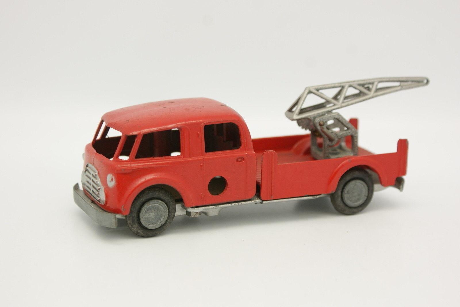 Solido Démontable  - Camion de Pompiers Voiture de secours secours secours Avec Treuil 331fd0