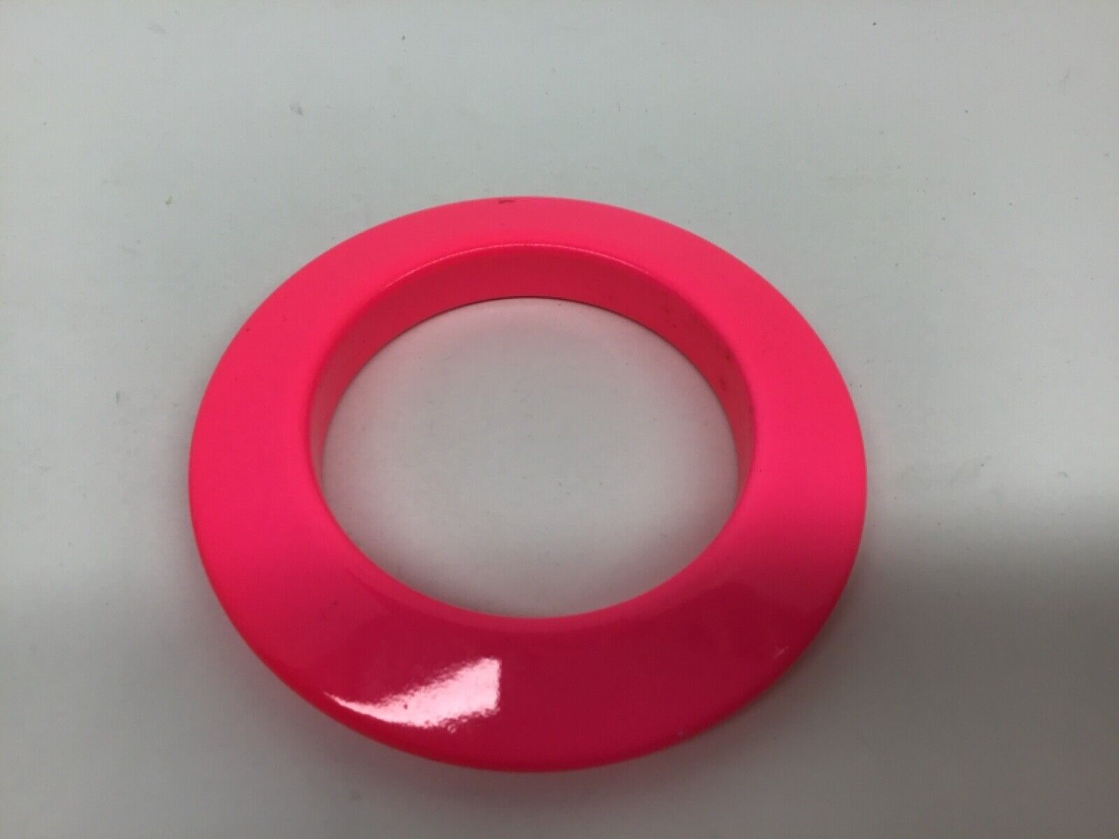 """2 Vintage Wood Hot Pink & Green 80's Chunky 1/2 """"… - image 3"""