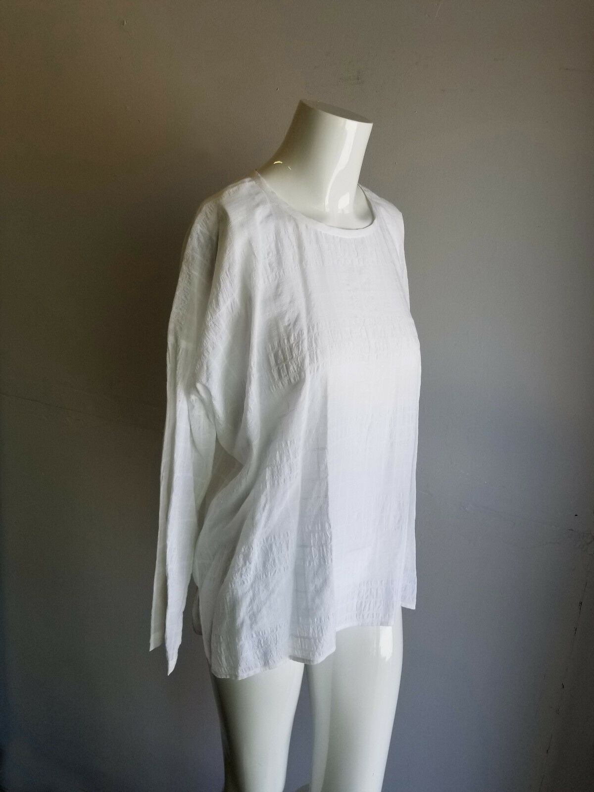 NWT VINCE. Weiß Texturot Light Weight Woven Long Sleeve Blouse Shirt Top
