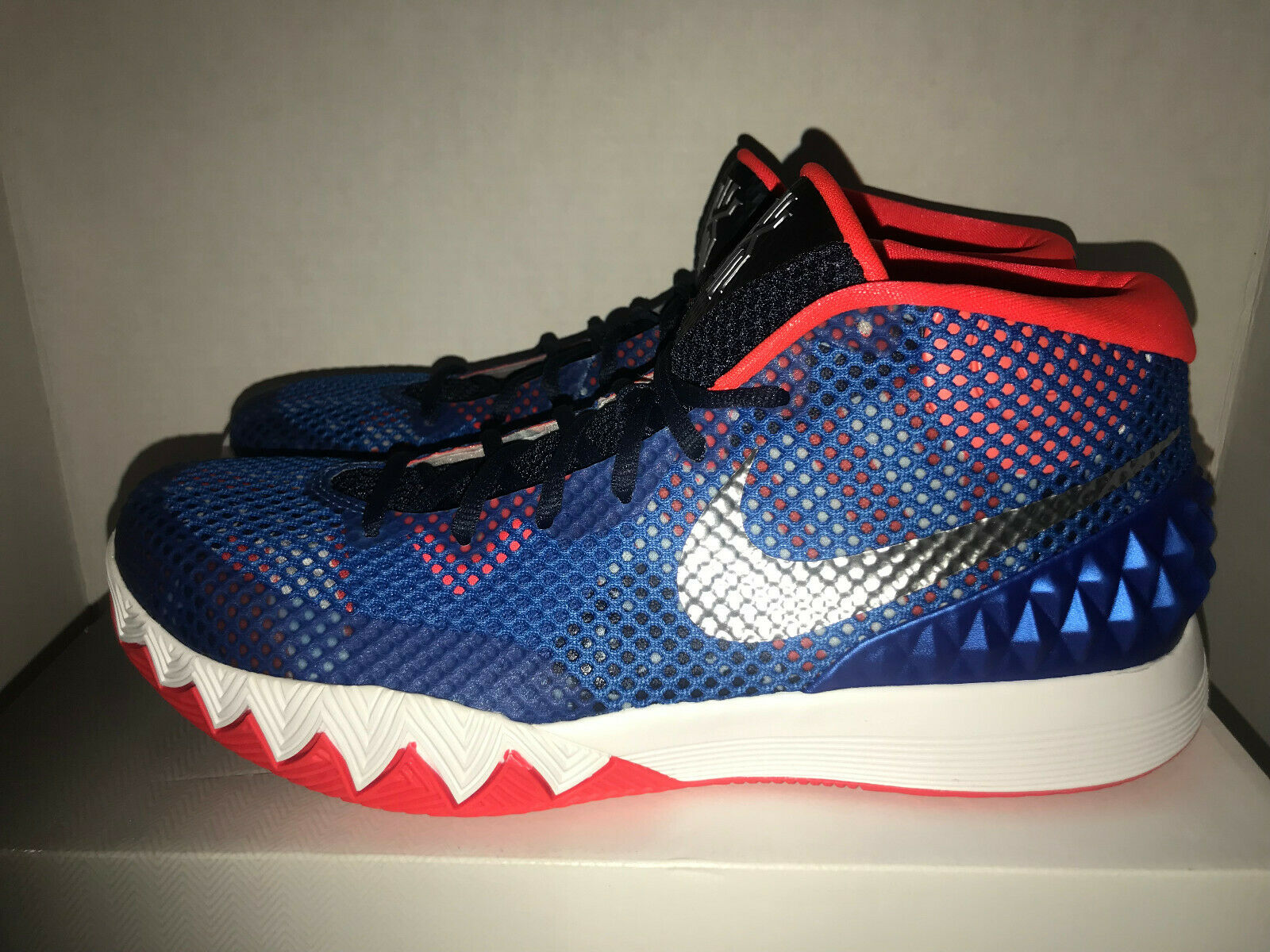 finest selection 45199 0ad0a Nike Kyrie 1 Basketball Shoes 4th of July Independence Day 705277-401 Size  11