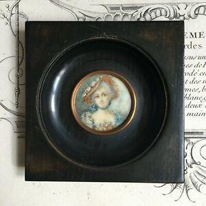 Miniature-XIXe-Jeune-Femme-au-chapeau-fleuri-Signe-Victorian-French-Handpainted