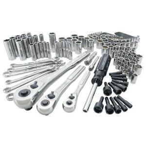 CRAFTSMAN 137 pc Mechanic Tool Set CMMT82331, 82331 New In Hard Case