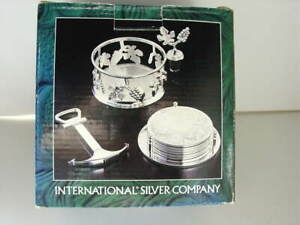 International-Silver-Co-Silverplated-Wine-Set-Bottle-Holder-Coasters-NEW-NIB