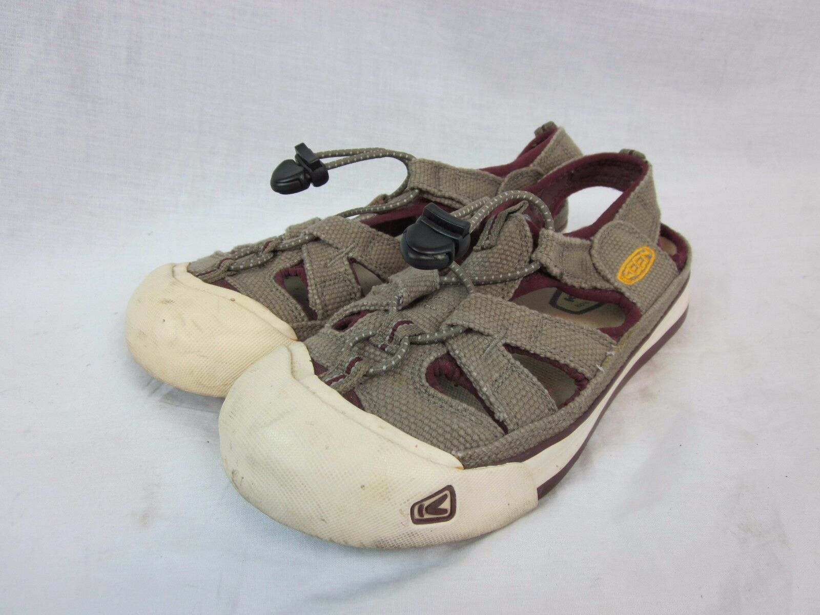 KEEN 5393 Cgoldnado Bungee Taupe Canvas Slip On Sport Sandals Women's U.S. 7