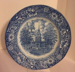 Liberty-Blue-Staffordshire-Ironstone-Independence-Hall-9-5-034-Dinner-Plate-England
