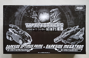 Transformers Tokyo Toy Show 2011 United DarkSide Optimus Prime Megatron New