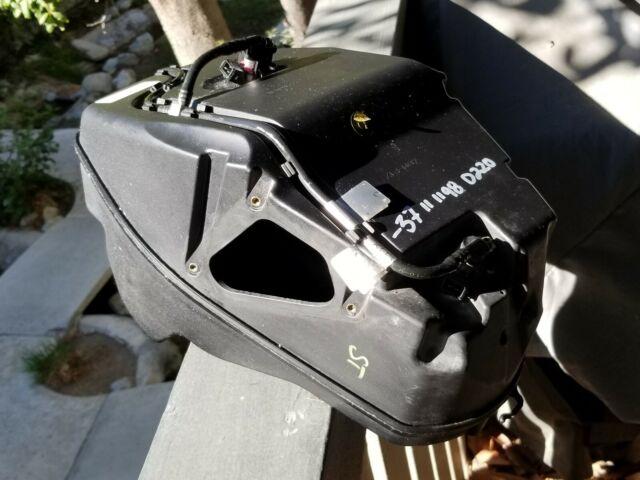 Ducati 1198 848 1098 Fuel Injectors Lines Airbox OEM 20840161A