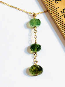 """Green Tourmaline Collier 16/"""" Wire Wrap Dangle Perles Gems couche Pile Or 14k"""