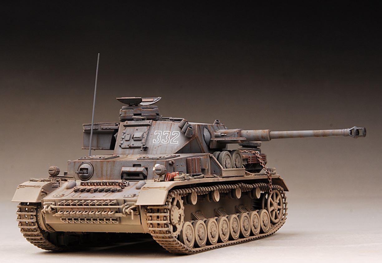 AwardWinner Built 1 35 Pz.Kpfw.IV.G.Panzer IV Ausf.G 332 332 332 Tokenkopf Kharkov+PE 17c