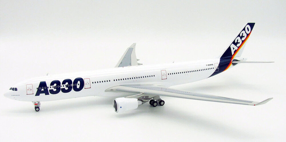 Inflight 200 If3330716 1 200 Airbus A330-300 F-Wwkb Maison Couleurs avec Pied