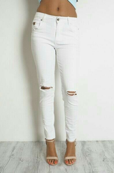 NEW LADIES RIPPED DENIM JEANS 7 8 LENGTH - WHITE SIZE 8,10,12,14