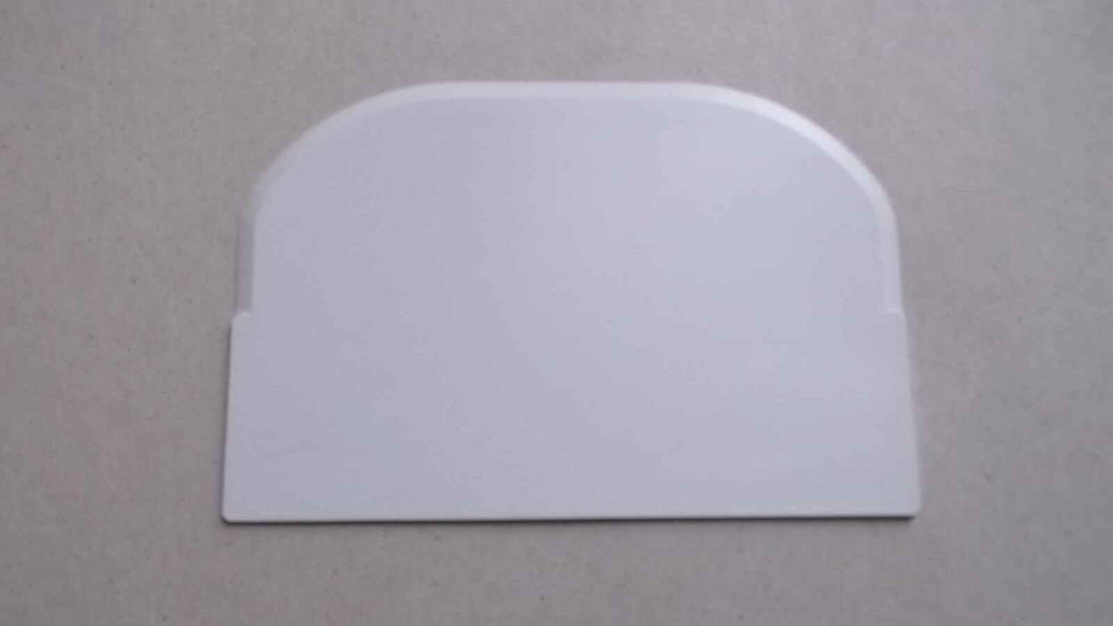 175-New blanc 4 x 6 inch Rigid Plastic Bench Food Bowl Scraper & Icing Smoother