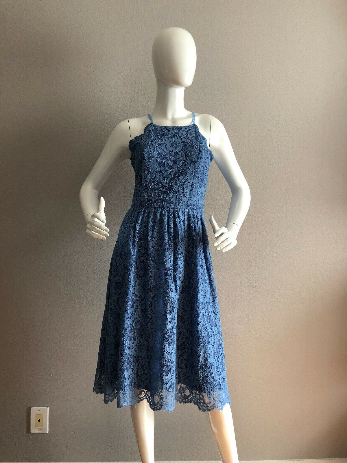NWT Honey Punch Lace bluee Dress Size S