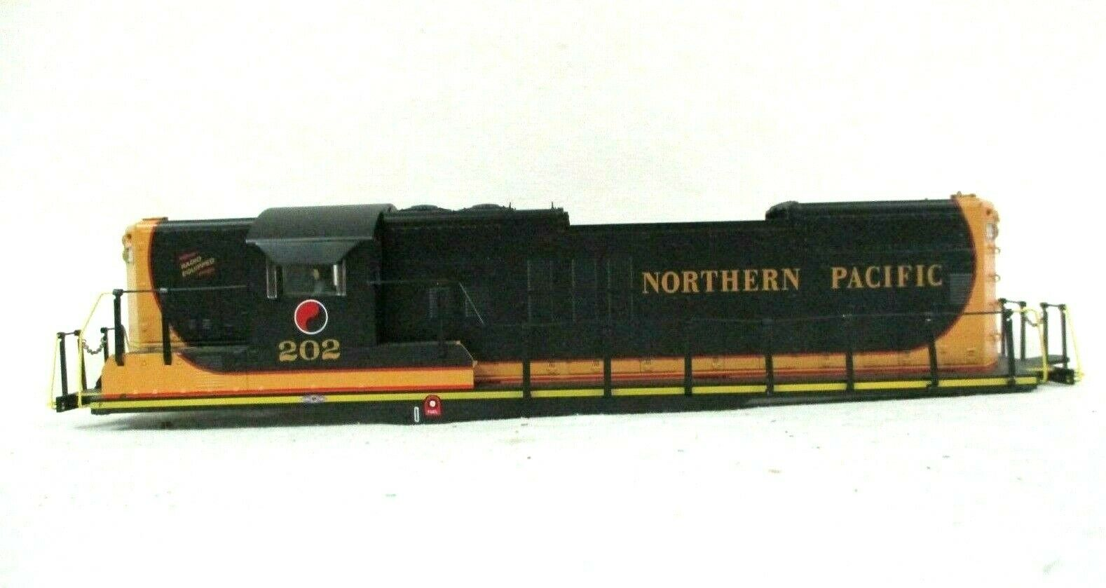 Lionel 6-34737 Northern Pacific 202 Legacy Scale GP9 Diesel Locomotive Shell