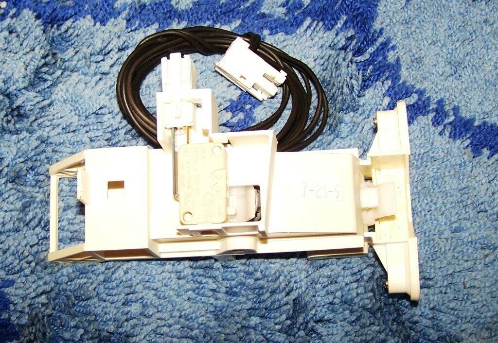 481240118416 WHIRLPOOL ADG-ADP crochet épingle de porte pour lave vaisselle