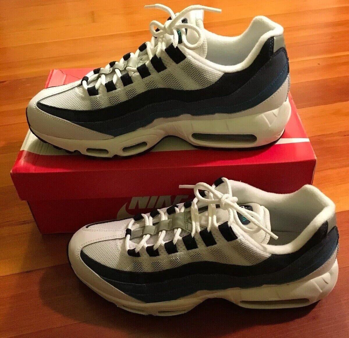NEW Nike Air Max 95 Women Size 12 White Emerald Green bluee Slate (307960-100)
