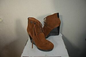 CHAUSSURE-BOTTES-BOTTINES-COMPENSE-CUIR-DIESEL-T-37-BOOTS-BOTAS-STIVALI-NEUF
