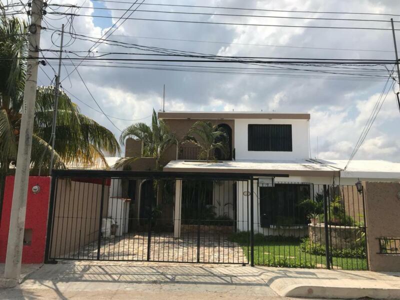 Se Vende Hermosa Casa con Excelente Ubicación en Chuburná