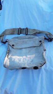 original-ww11-canadian-army-gas-mask-bag-dated-1941-woods-ottawa-broad-arrow