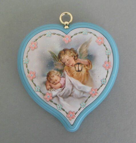 Schutzengelbild Engel mit Baby Herzform Rand hellblauTaufe Wandbild AR 53