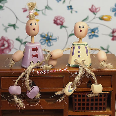 Dollhouse Miniature 1:12 Toy Living room decoration A pair of wooden doll SPO18