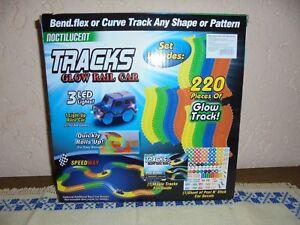 Magic Tracks Car Racetrack Construire 220 pièces Longueur totale Env.   330 cm 1 Nouveau et OVP