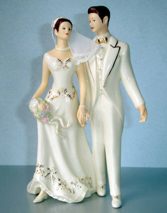 Lenox Mariée et marié Cake Topper Just Married Figurine (CAUCASE) NEW IN BOX