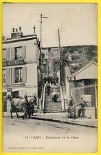 cpa 02 - LAON (Aisne) Escalier de la GARE Café Isidore HERPSON Belle Animation