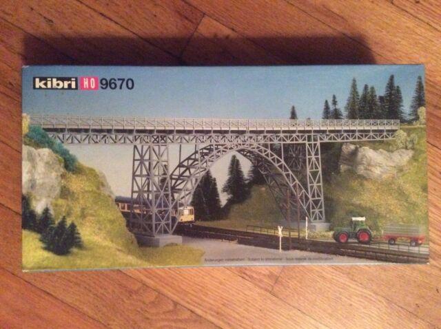 #37665 Kibri Single Track Curved Viaduct
