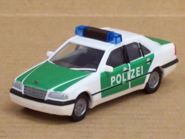 Mercedes-Benz C-Klasse Polizei in grün/weiß, ohne OVP, AWM / AMW, 1:87