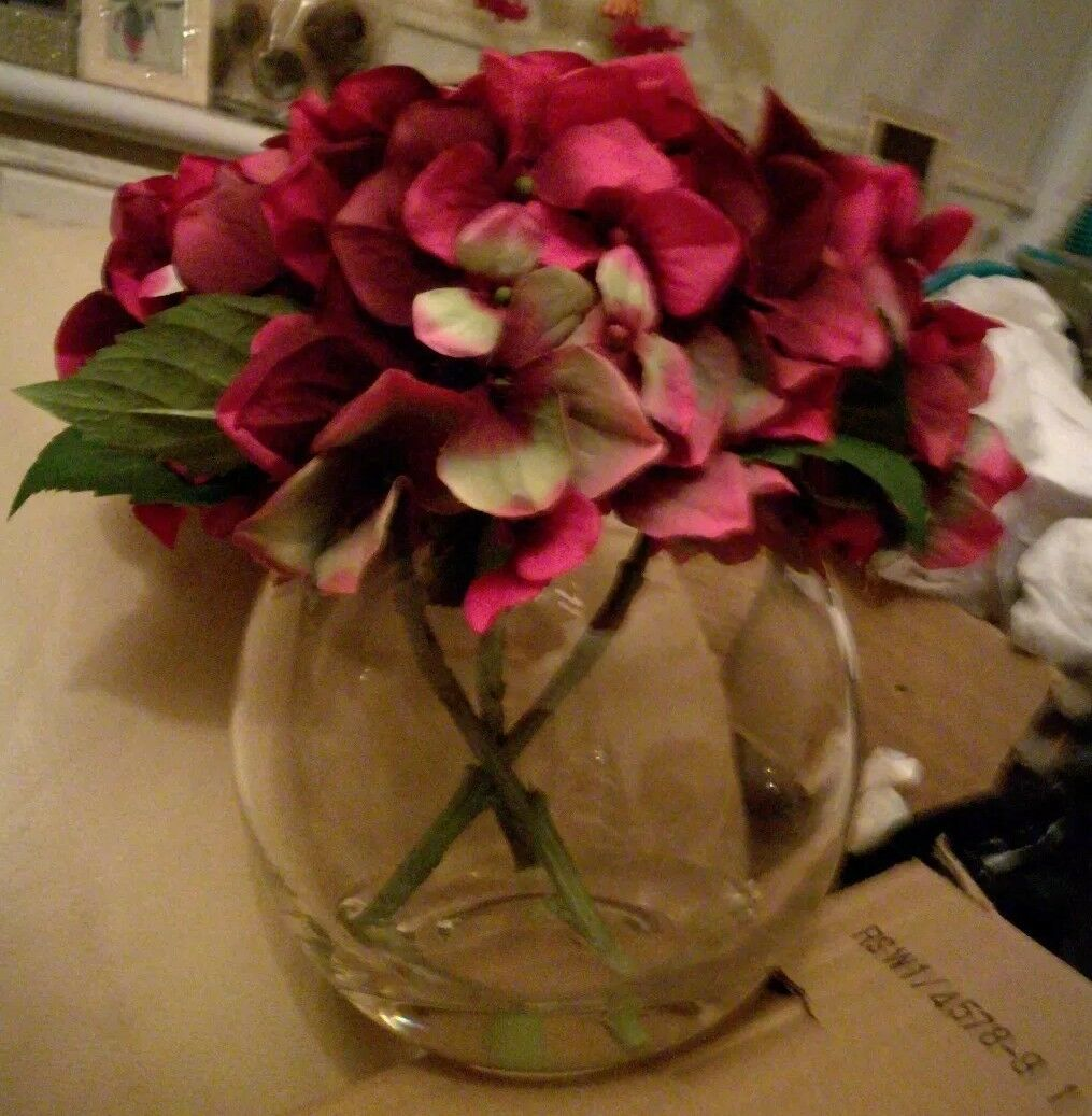BRAND NEW PEONY HYDRANGEA x 3 IN A ROUND VASE WITH RESIN - MAGENTA