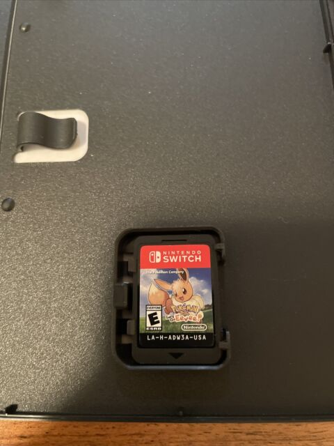 Pokemon: Lets Go Eevee! (Nintendo Switch, 2018) Game and Case