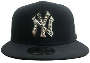 9bd33b9e099e7 New Era MLB New York Yankees Fractured Metal 9FIFTY Snapback ...