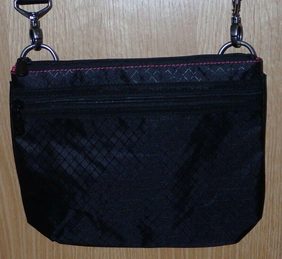 Thirty One Crossbody Messenger Zipper Bag Black w/ Diamond Pattern & Pink Lining